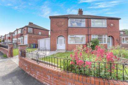3 Bedrooms Semi Detached House for sale in Hardman Road, Reddish, Stockport, Cheshire