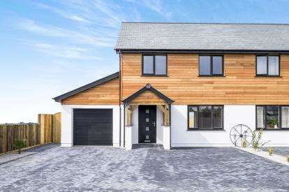 3 Bedrooms Semi Detached House for sale in St Buryan, Penzance, Cornwall