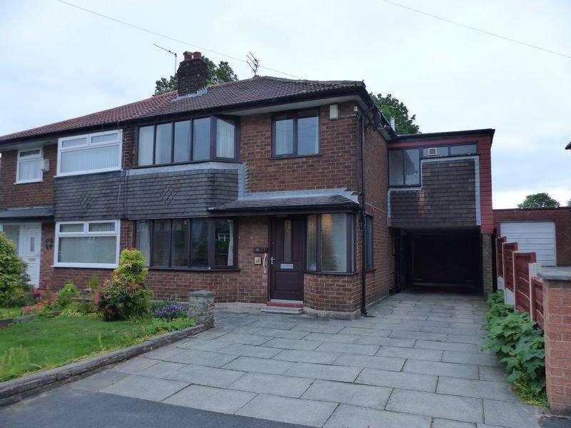 4 Bedrooms Semi Detached House for sale in Berkeley Drive, Rochdale