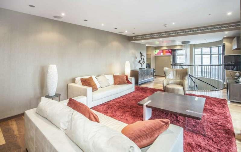 3 Bedrooms Flat for sale in North Row, London. W1K