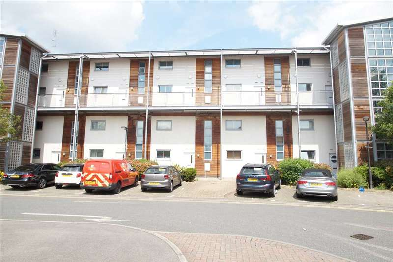 2 Bedrooms Apartment Flat for sale in Windmill Road, Slough