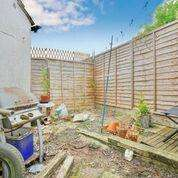 2 Bedrooms Terraced House for sale in New Road, Shoreham-By-Sea