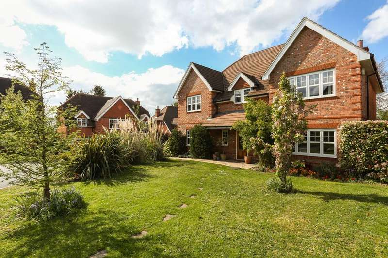 5 Bedrooms Detached House for sale in Stansfield Close, Reading, RG2