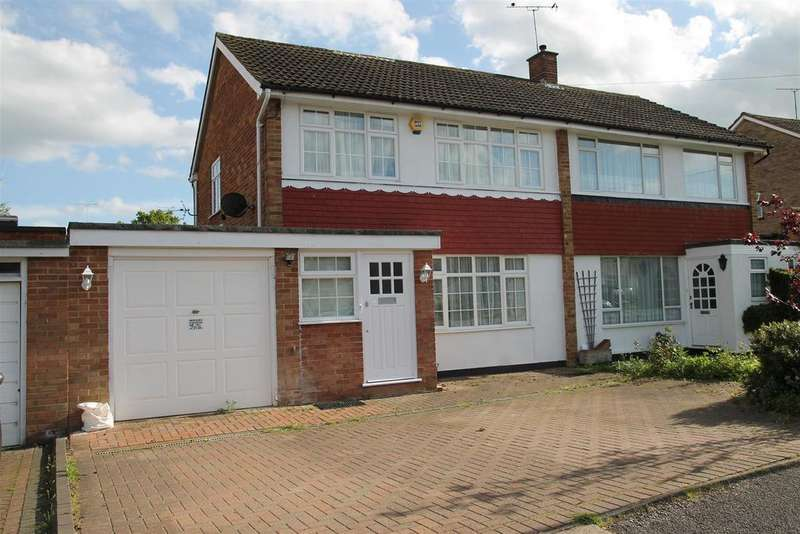 3 Bedrooms Semi Detached House for sale in Clifton Rise, Windsor
