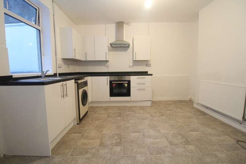 3 Bedrooms Terraced House for sale in Alexandra Street, EBBW VALE, NP23
