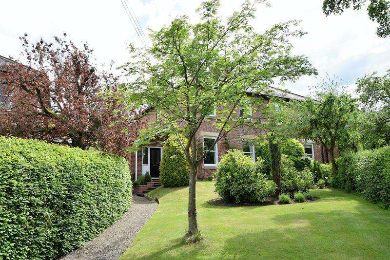 3 Bedrooms Semi Detached House for sale in Main Road, Stocksfield