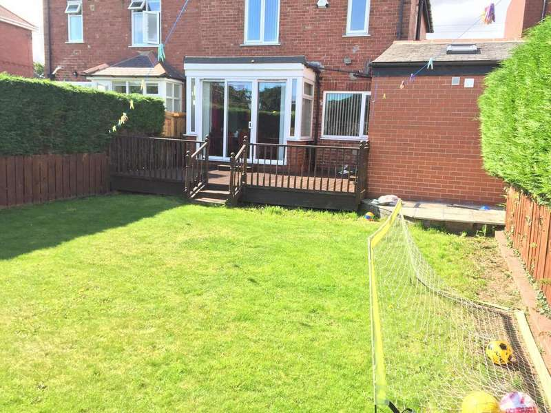 3 Bedrooms Semi Detached House for rent in Denton Burn, Newcastle upon Tyne