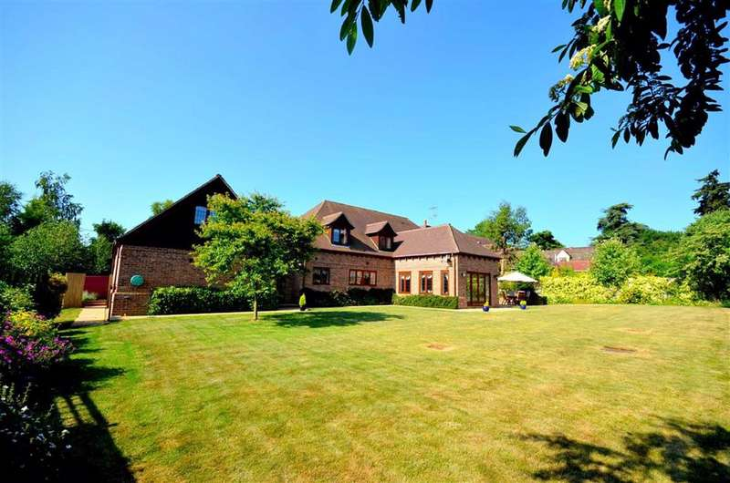 5 Bedrooms Detached House for sale in Manor Farm Lane, Tidmarsh