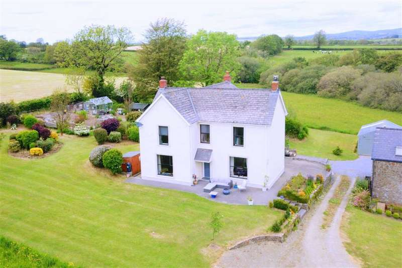 5 Bedrooms Property for sale in Grondre, Clynderwen, Pembrokeshire