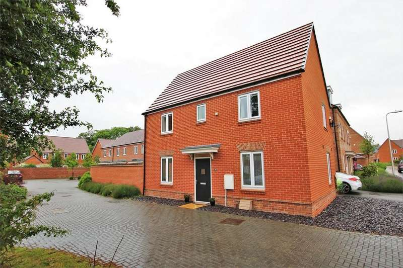 3 Bedrooms Detached House for sale in 49 Samborne Drive, WOKINGHAM, Berkshire