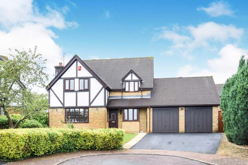 4 Bedrooms Detached House for sale in Oakleigh Court, Henllys, Cwmbran, NP44