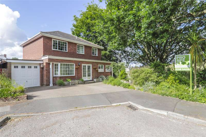 4 Bedrooms Detached House for sale in High View Close, Farnborough, Hampshire, GU14