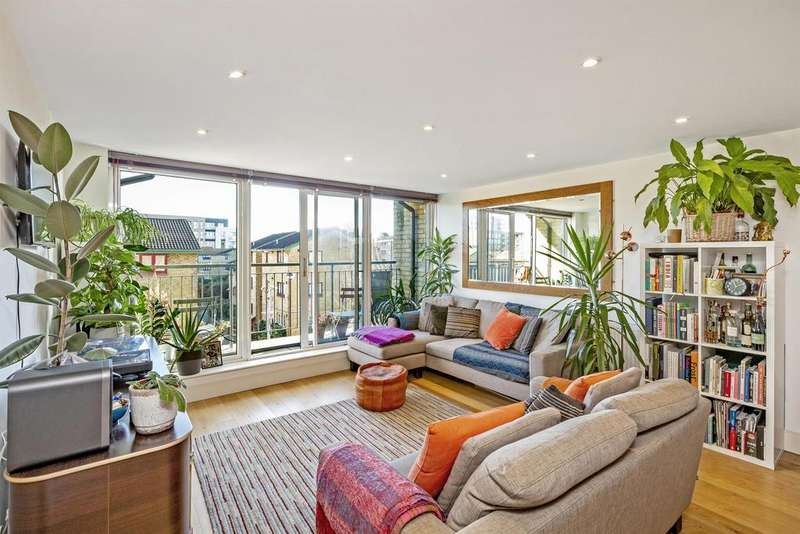 3 Bedrooms Apartment Flat for sale in Dunston Road, London, E8