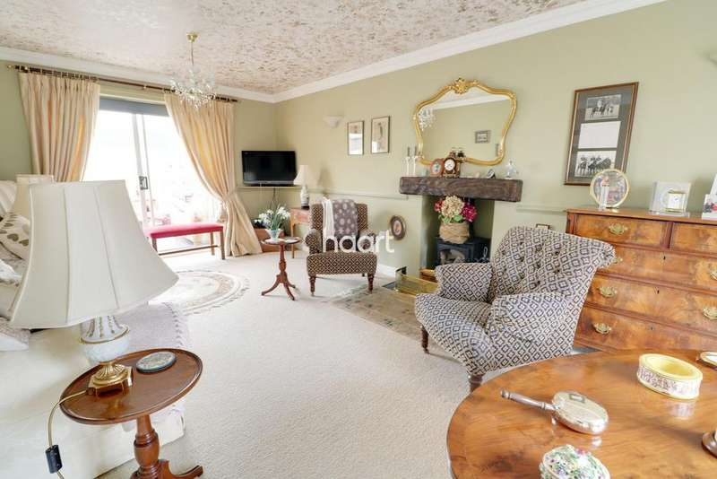 5 Bedrooms Detached House for sale in Ingamells Drive, Saxilby