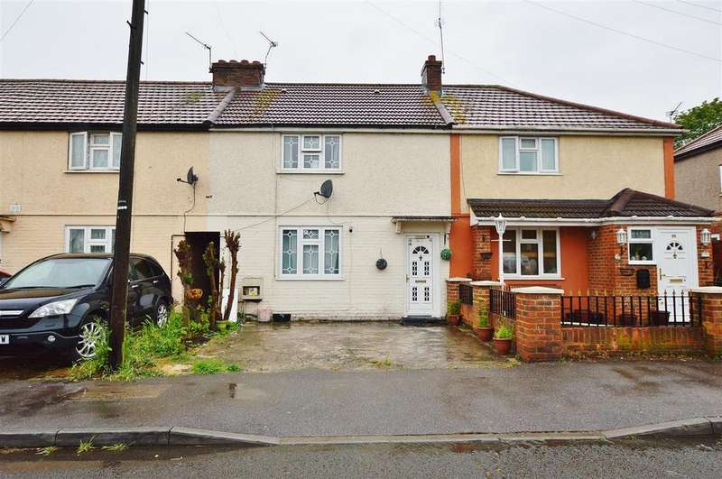 3 Bedrooms Terraced House for sale in Hatton Avenue, Slough, Slough