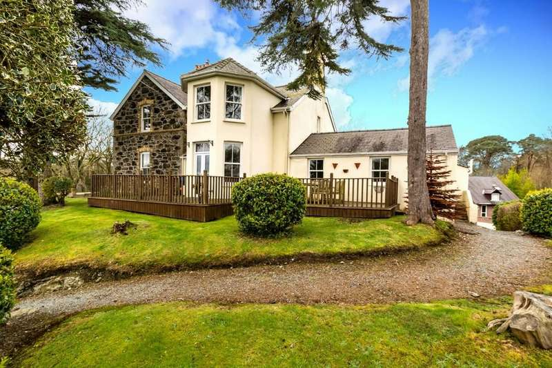 6 Bedrooms Detached House for sale in Hill Street, Menai Bridge, North Wales