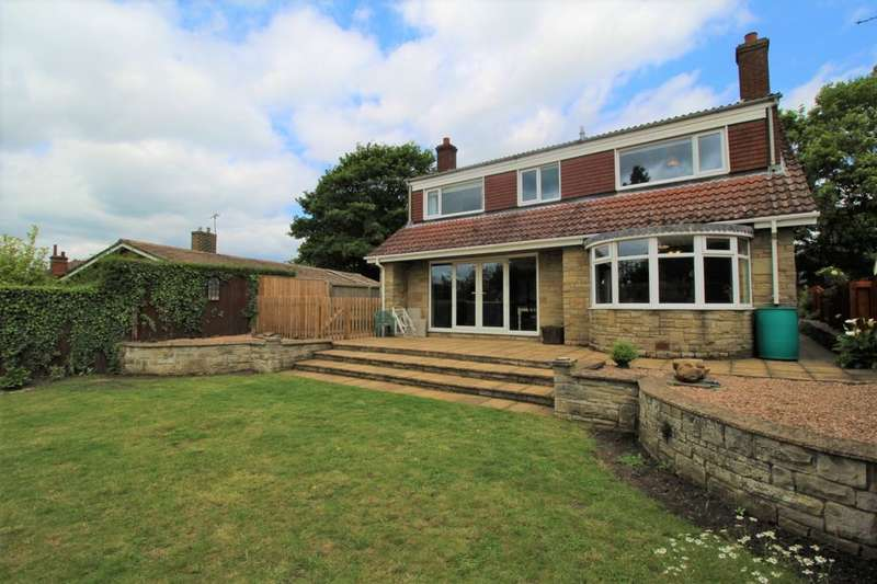 4 Bedrooms Detached House for sale in Castle Hill, Caistor, Market Rasen, LN7