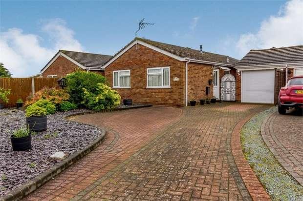 2 Bedrooms Detached Bungalow for sale in Heathlands, Thorrington, Colchester, Essex