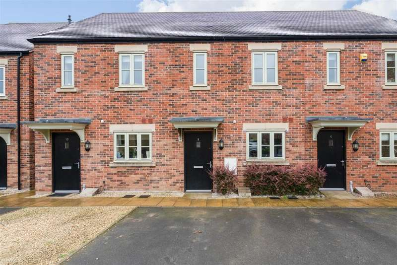 2 Bedrooms Terraced House for sale in Halifax Way, Moreton in Marsh, Gloucestershire