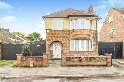 3 Bedrooms Detached House for sale in Kennedy Road, Bedford, Bedfordshire, .