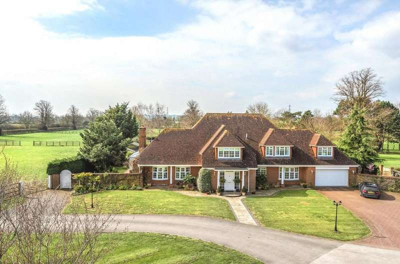 4 Bedrooms Detached House for rent in Manor Park Stud Farm, Park Road, Westoning, Bedfordshire, MK45
