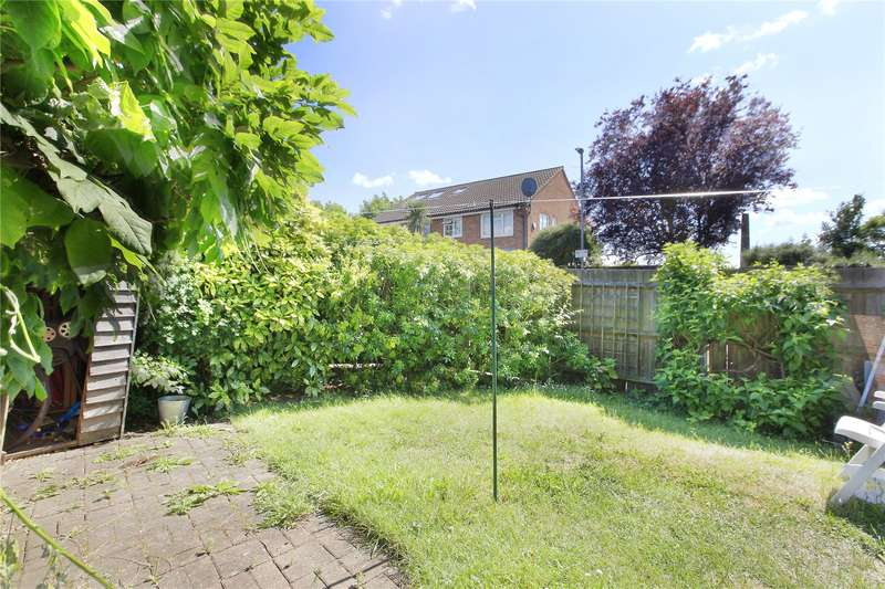 1 Bedroom Flat for sale in College Gardens, Wandsworth Common, London, SW17