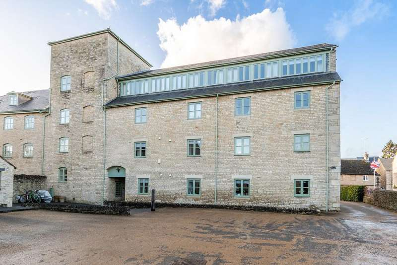2 Bedrooms Apartment Flat for sale in Cotswold Mill, Cirencester