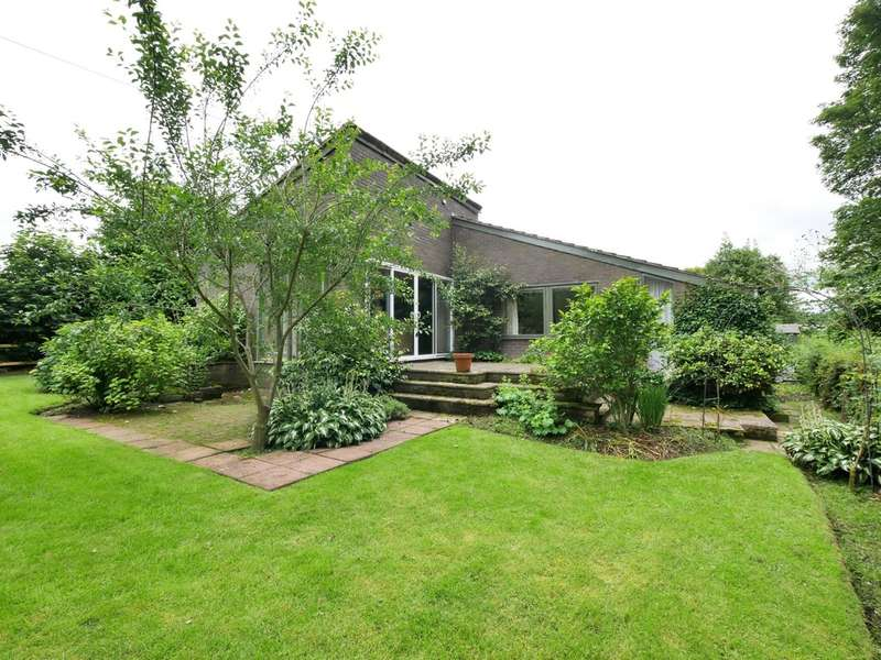 4 Bedrooms Detached Bungalow for sale in Off Gallowsclough Lane, Norley