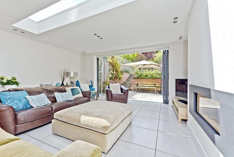 4 Bedrooms Town House for rent in Somerset Road, Wimbledon Village