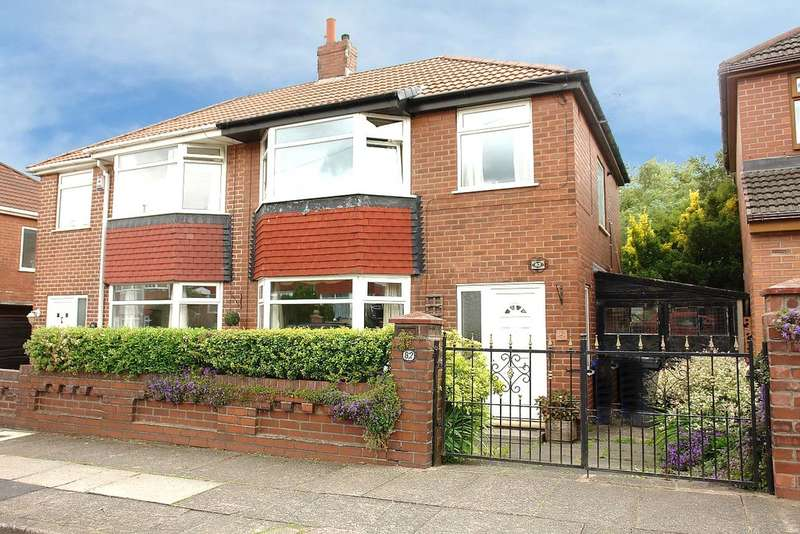 3 Bedrooms Semi Detached House for sale in West Avenue, New Moston, Manchester