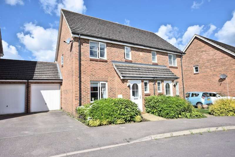 3 Bedrooms Semi Detached House for sale in Jersey Drive, Winnersh, Reading, RG41