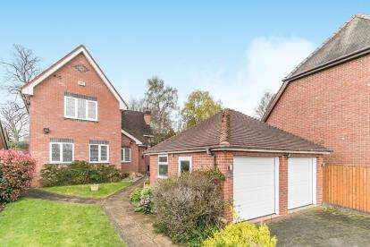 4 Bedrooms Detached House for sale in The Cobbles, Wylde Green, Sutton Coldfield, West Midlands