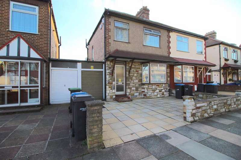 3 Bedrooms Semi Detached House for sale in Dover Road, Edmonton, N9