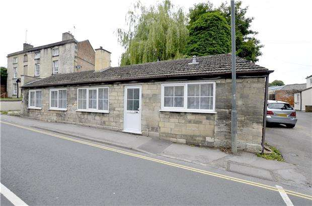 2 Bedrooms Detached Bungalow for sale in Westward Road, Ebley, Gloucestershire, GL5 4ST