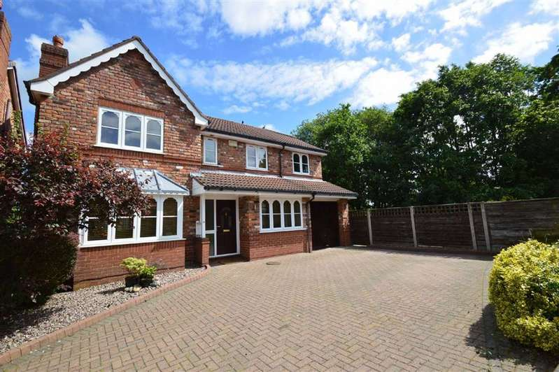 6 Bedrooms Detached House for sale in Hamble Way, Macclesfield
