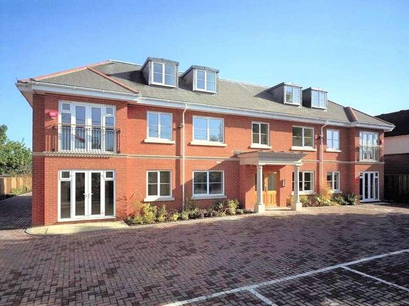 2 Bedrooms Apartment Flat for sale in Sandford Court, Reading Road, Winnersh, Wokingham, RG41