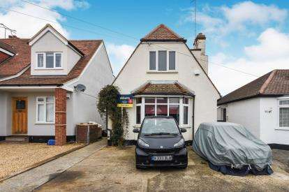 2 Bedrooms Detached House for sale in Prittlewell, Southend-On-Sea, Essex