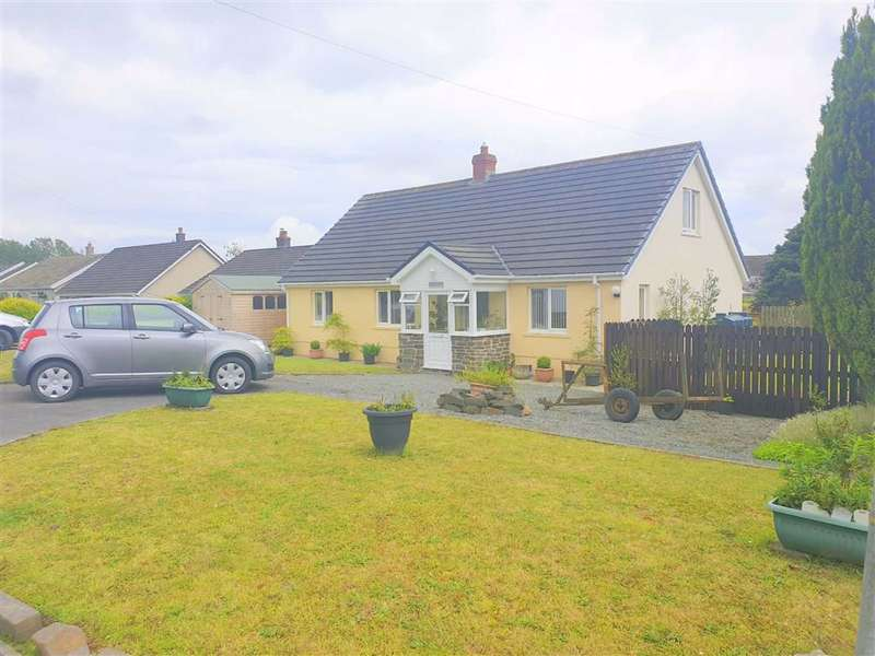 4 Bedrooms Detached Bungalow for sale in Gower Villa Lane, Clynderwen, Pembs