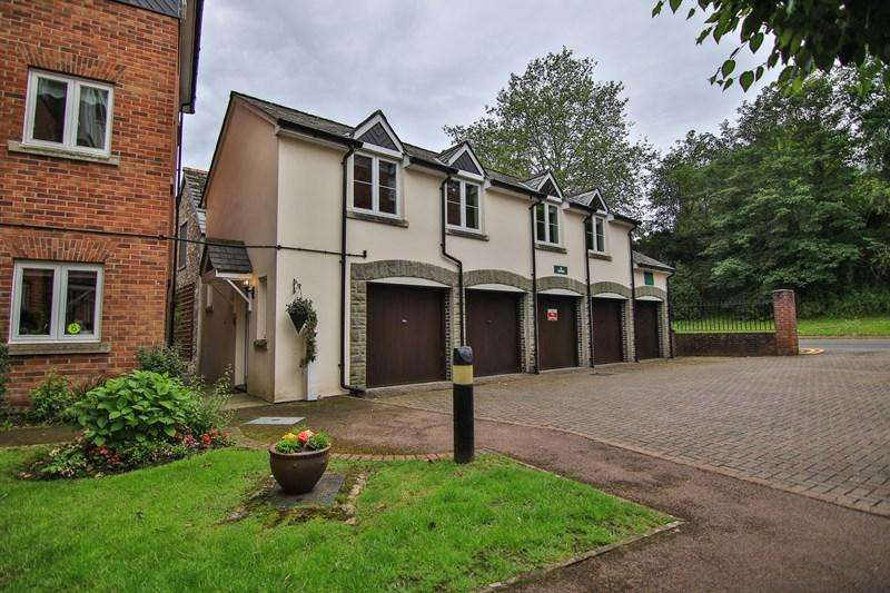2 Bedrooms Retirement Property for sale in Mill Street, Abergavenny