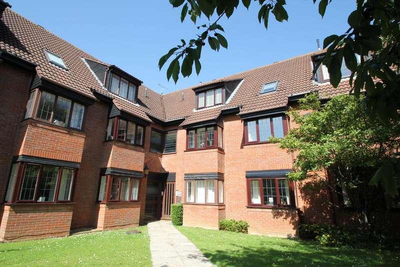 2 Bedrooms Flat for sale in Cheltenham, ,