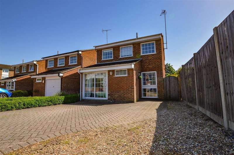 4 Bedrooms Detached House for sale in Eskdale, London Colney, St. Albans