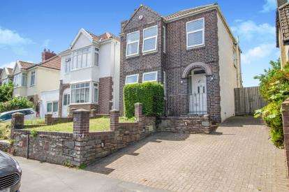 3 Bedrooms Detached House for sale in Park Road, Stapleton, Bristol