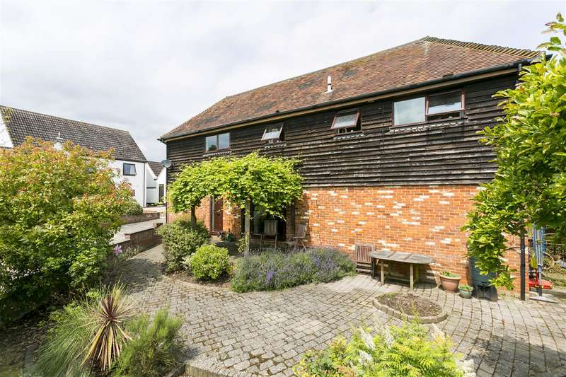 3 Bedrooms Detached House for sale in Nestor Court, Teston, Maidstone