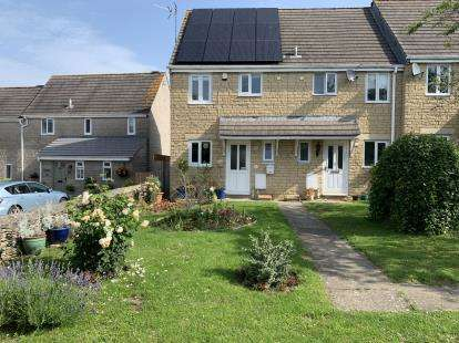 House for sale in Holder Close, Tetbury