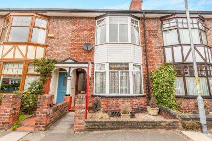 3 Bedrooms Terraced House for sale in Cawdor Street, Stockton Heath, Warrington, Cheshire