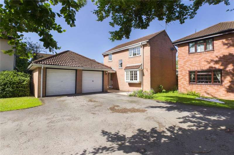 3 Bedrooms Detached House for sale in Rotherfield Close, Theale, Reading, Berkshire, RG7