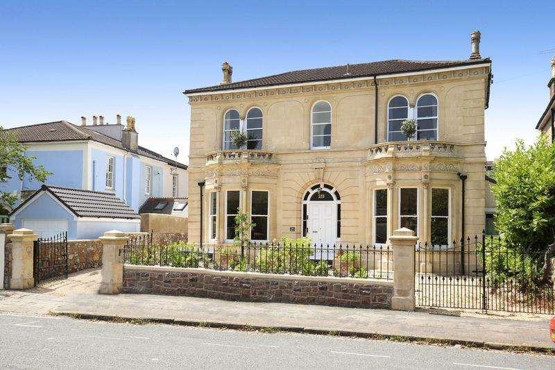 5 Bedrooms Detached House for sale in Elgin Park, Redland, Bristol, BS6 6RX