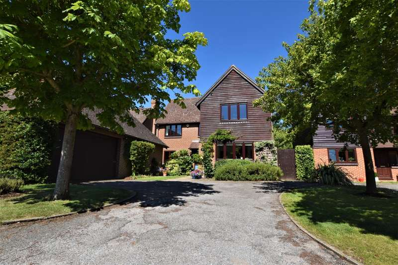 5 Bedrooms Detached House for sale in Church Farm Barns, Mortimer, Reading, RG7