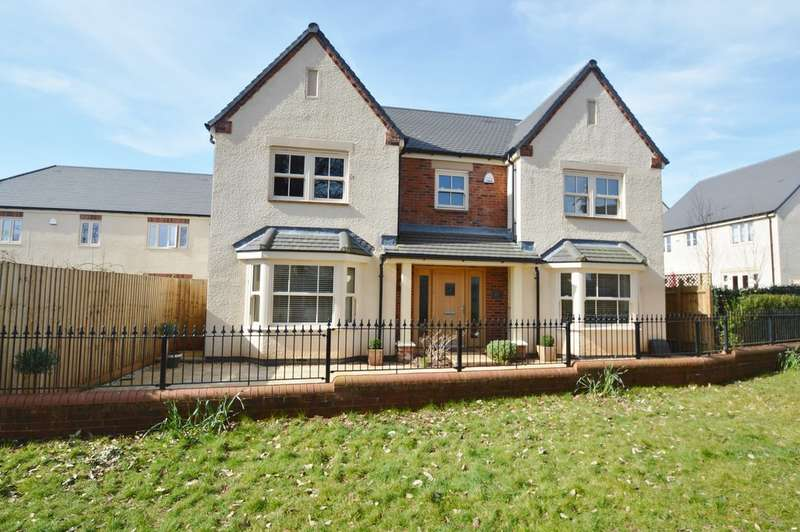5 Bedrooms Detached House for rent in Clisson House, Scholars View, Townmill Road, Cowbridge, CF71 7BE
