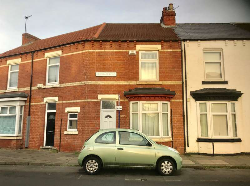 2 Bedrooms Terraced House for sale in Gresham Road, Middlesbrough, TS1 4LR